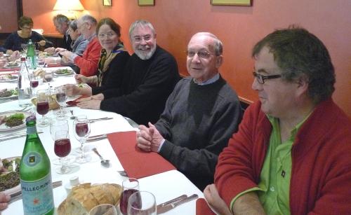 à table, un invité de marque, l'un de nos huit parrains, le préfet Victor Convert (Fondation de la Résistance)