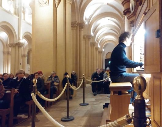 21.12.2016 Concert de Noël: Guillaume Prieur joue l'orgue de Charolles